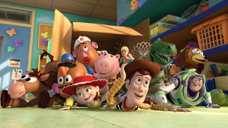 Las actitudes negativas de Woody en Toy Tory 1 hicieron que los otros  juguetes lo repudiaran durante varios días 38e535b3dba