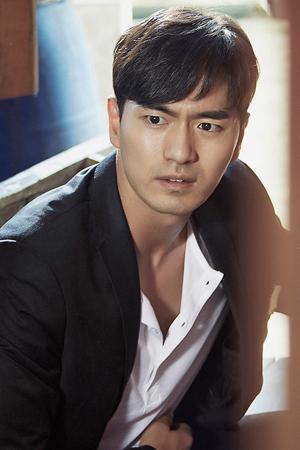 actor lee Jin Wook