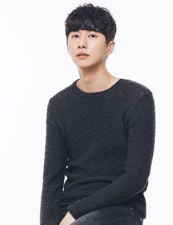 lee myung hoon